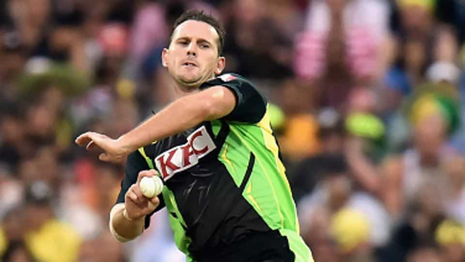 fastest bowler in the world